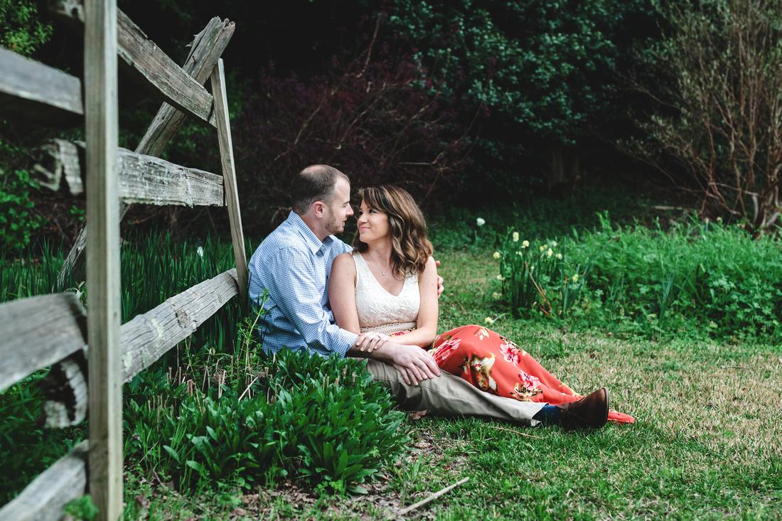 Lauri & Jonathan - blog - Engagement Session