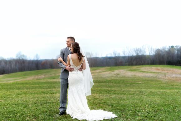 #brideandgroom #abbymanor #2018weddingphotography #weddingphotographer #laceweddingdress #outdoorwedding #justmarried #stacyreinenphotography